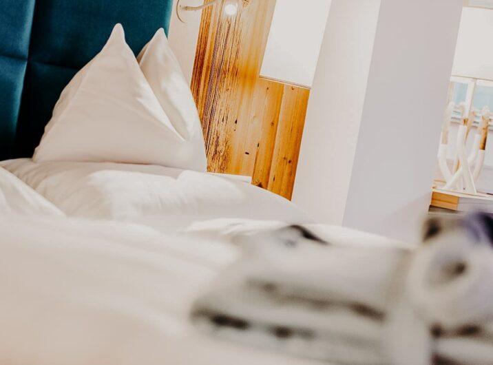 Bett Schlafzimmer Mini Hotel Sendlhofer's Bad Hofgastein