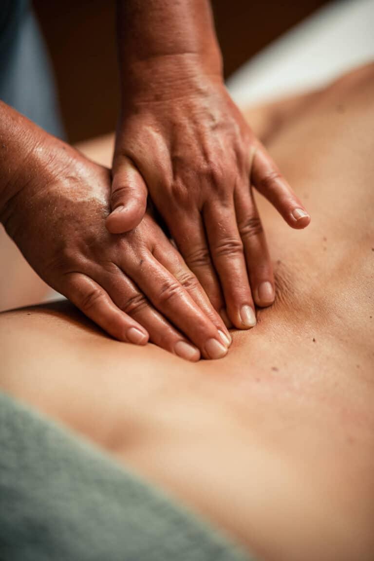 sendlhofers-bad-hofgastein-spa-treatments_rueckenmassage
